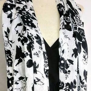 Accessories - BLACK & White Floral Scarf #hundredsofscarves